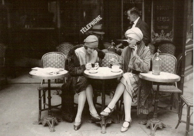 French Flappers, Parisian Cafe 1920's-001